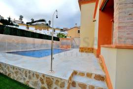 new-built-villa-rojales-golf-swimming-pool-garden-on2103