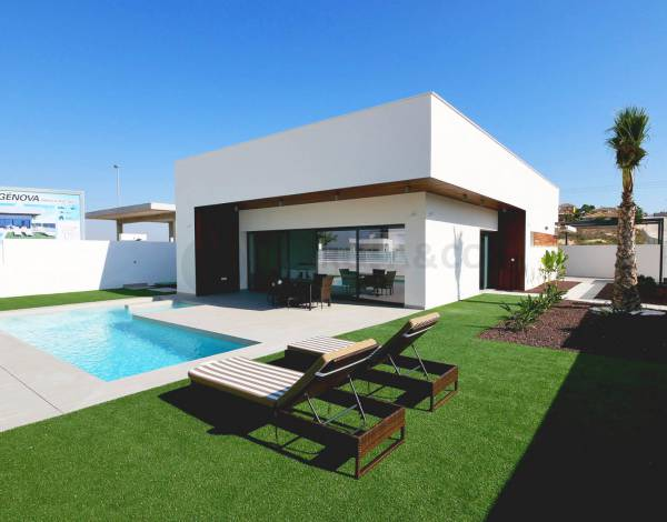 new-built-villa-la-marina-garden-facade-on2089