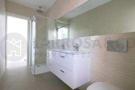 new-built-villa-la-marina-bathroom-on2089