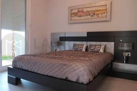 new-building-house-la-mata-bedroom-3-on2113