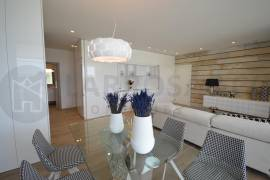 new-build-apartments-las-colinas-golf-lounge-table-on2120