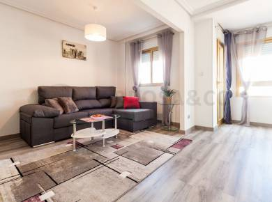 Apartment - Resale - Torrevieja - Torrevieja Center
